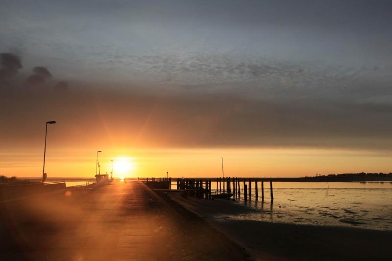 Steenodde Anleger Sonnenaufgang